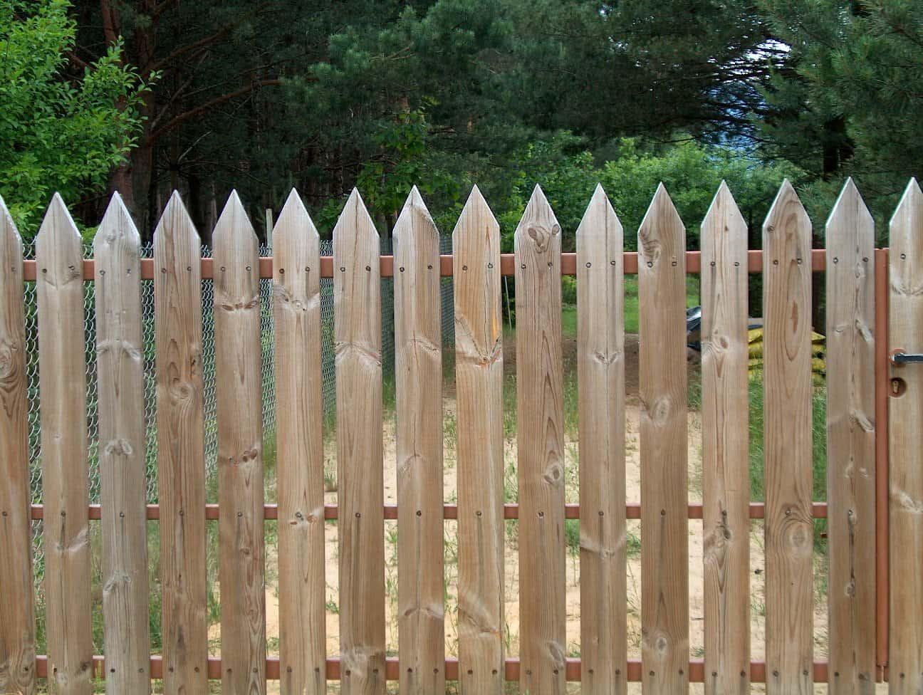 Best fence contractor in Irvine