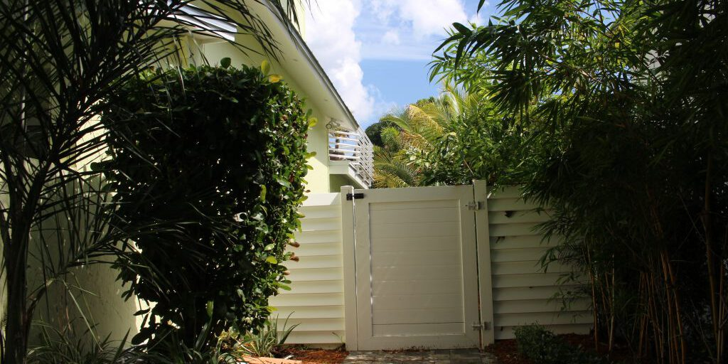 top rated fence installation in Irvine California